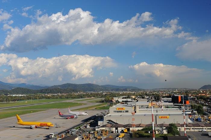 Alot Aeroporto Di Orio Al Serio